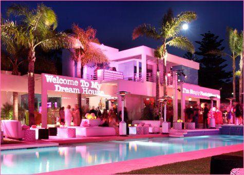 82ed3307f3147dfd5814d26b98789964--barbie-dream-house-my-dream-house